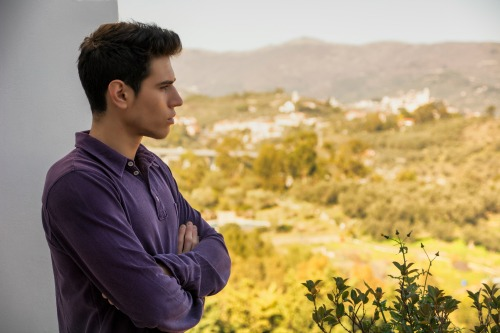 what to do with an emotionally unavailable man
